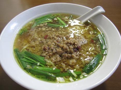 111123-033 「中国料理 龍昇」の「台湾ラーメン」