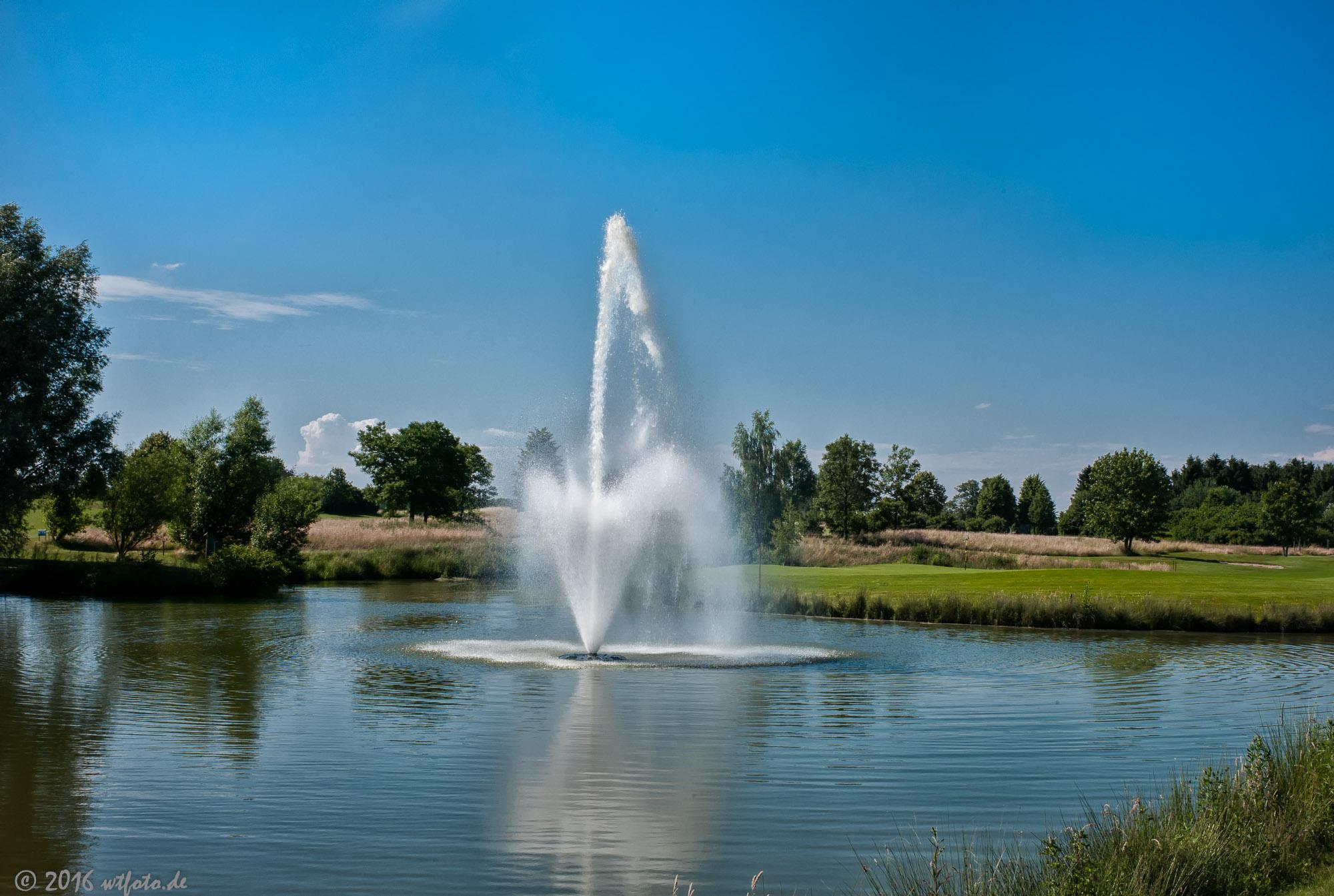 Fontaine an Grün 6 - 9