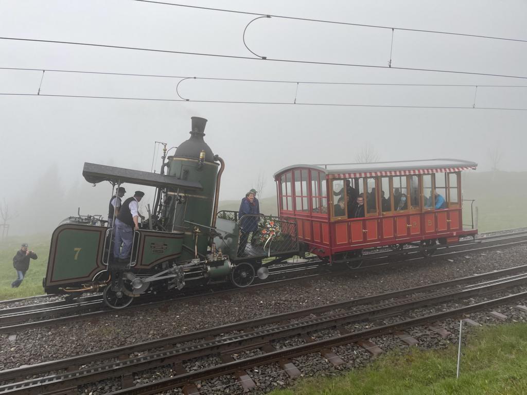 150 Jahre Rigi-Bahnen: Hoher Besuch und eindrucksvolle Fahrzeugparade