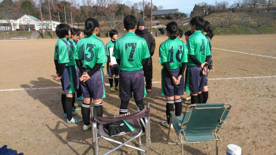 第1試合前のミーティング。