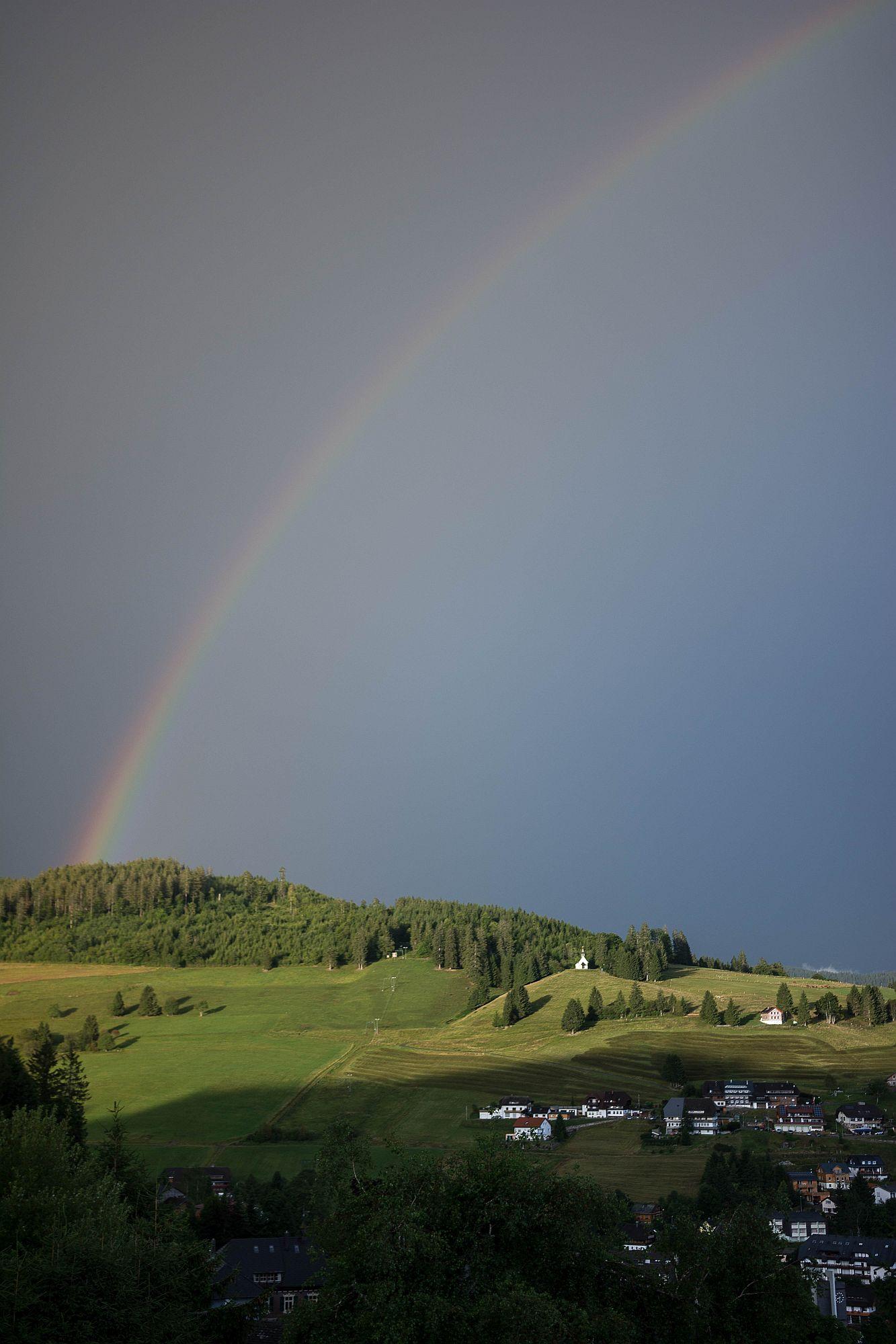 Regenbogen, Blick vom Balkon