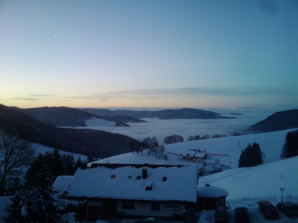 Nebelmeer im Winter (Zimmeraussicht)