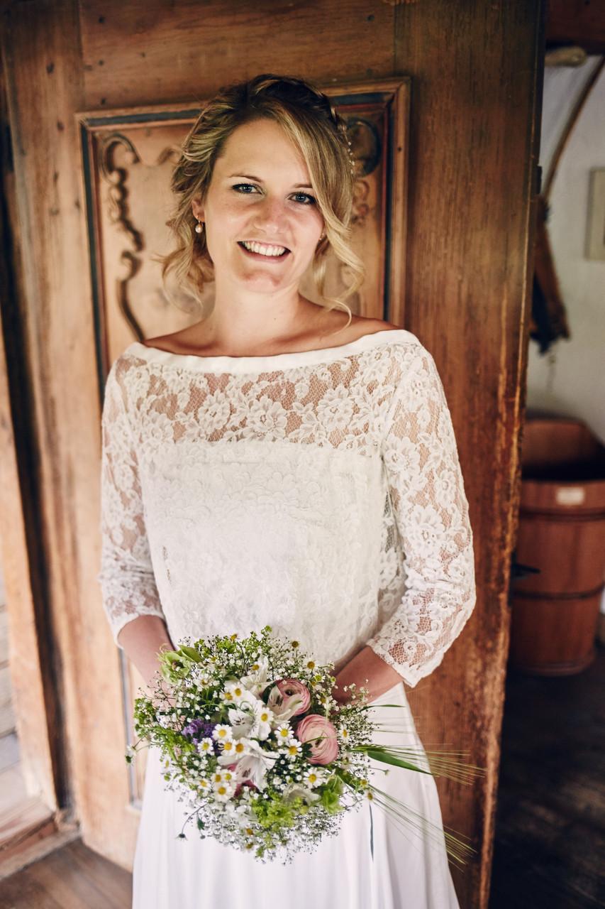 Ob Ballkleid, Hochzeitskleid, Sommerkleid mit Herz und Hand