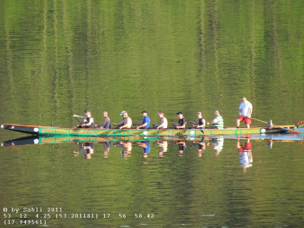 Wassersportler. sogar ein chinesisches Drachenboot hab ich gesehen