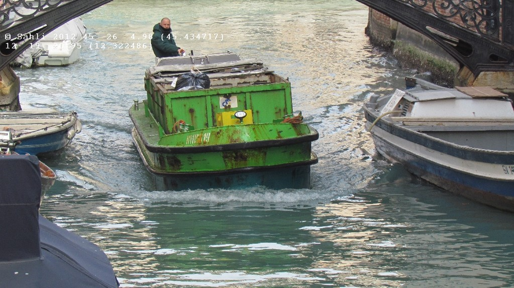 Venezianische Müllabfuhr