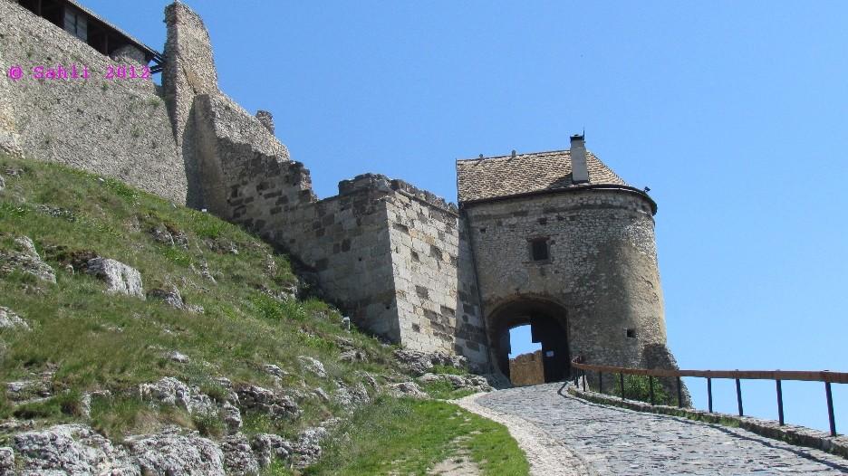 Burg Sümeg (Sehenswert)