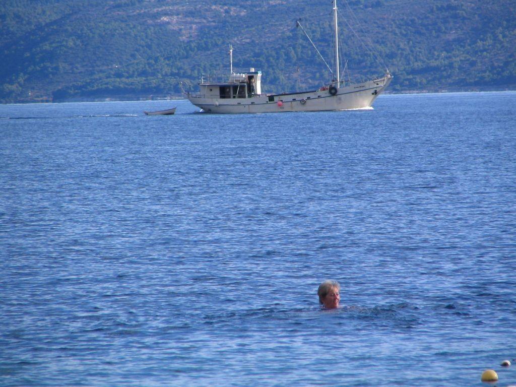CP Delfin  / das letzte Bad :-(
