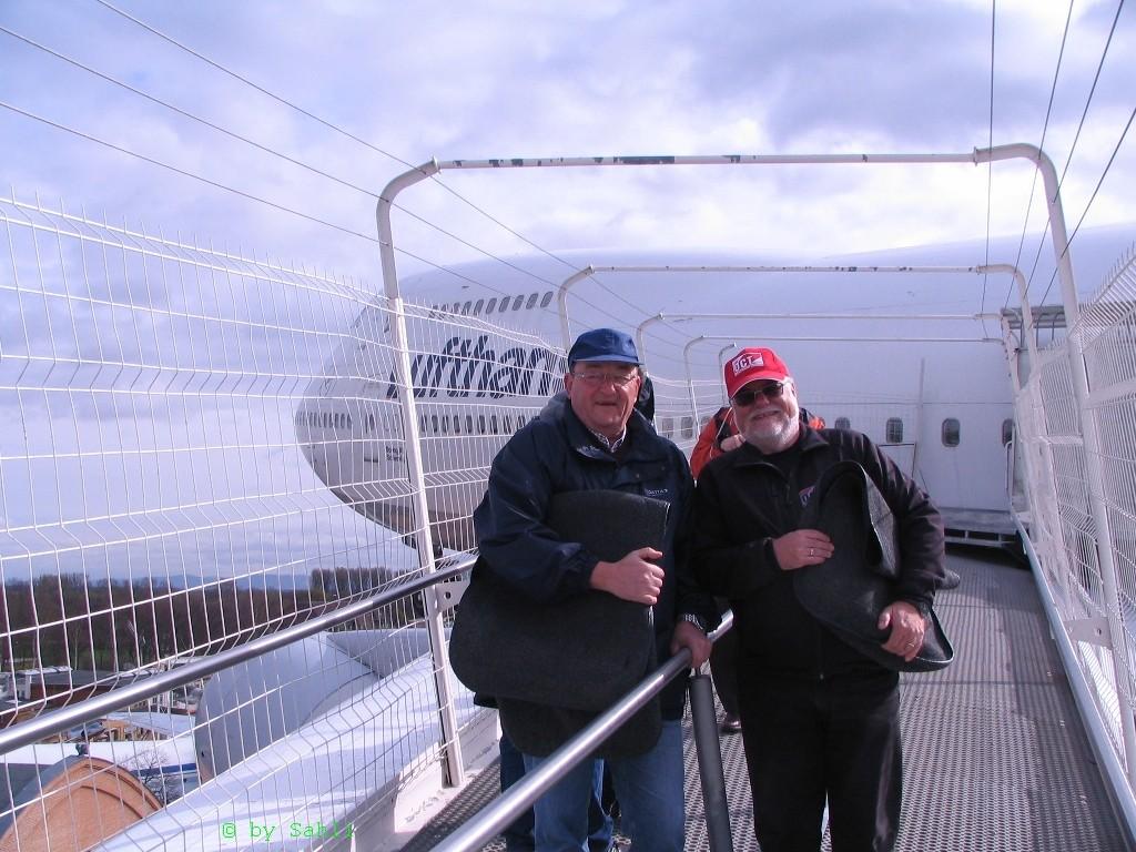 Auf der Tragfläche der 747