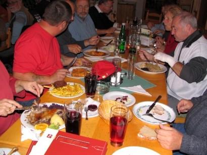 """""""Gans"""" Essen beim Piribauern in Neudörfl"""
