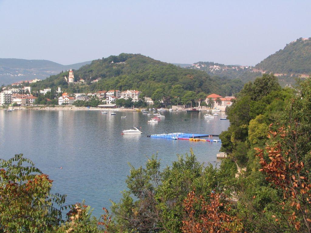 Blick über die Bucht von Zelenika