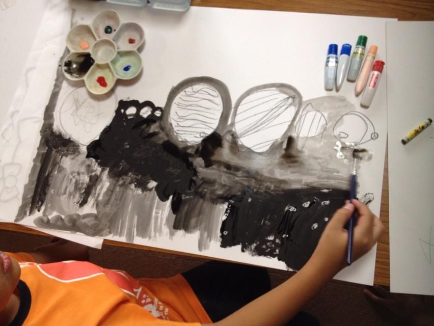 クレヨンの水をはじく性質をつかって花火や宇宙を描こう