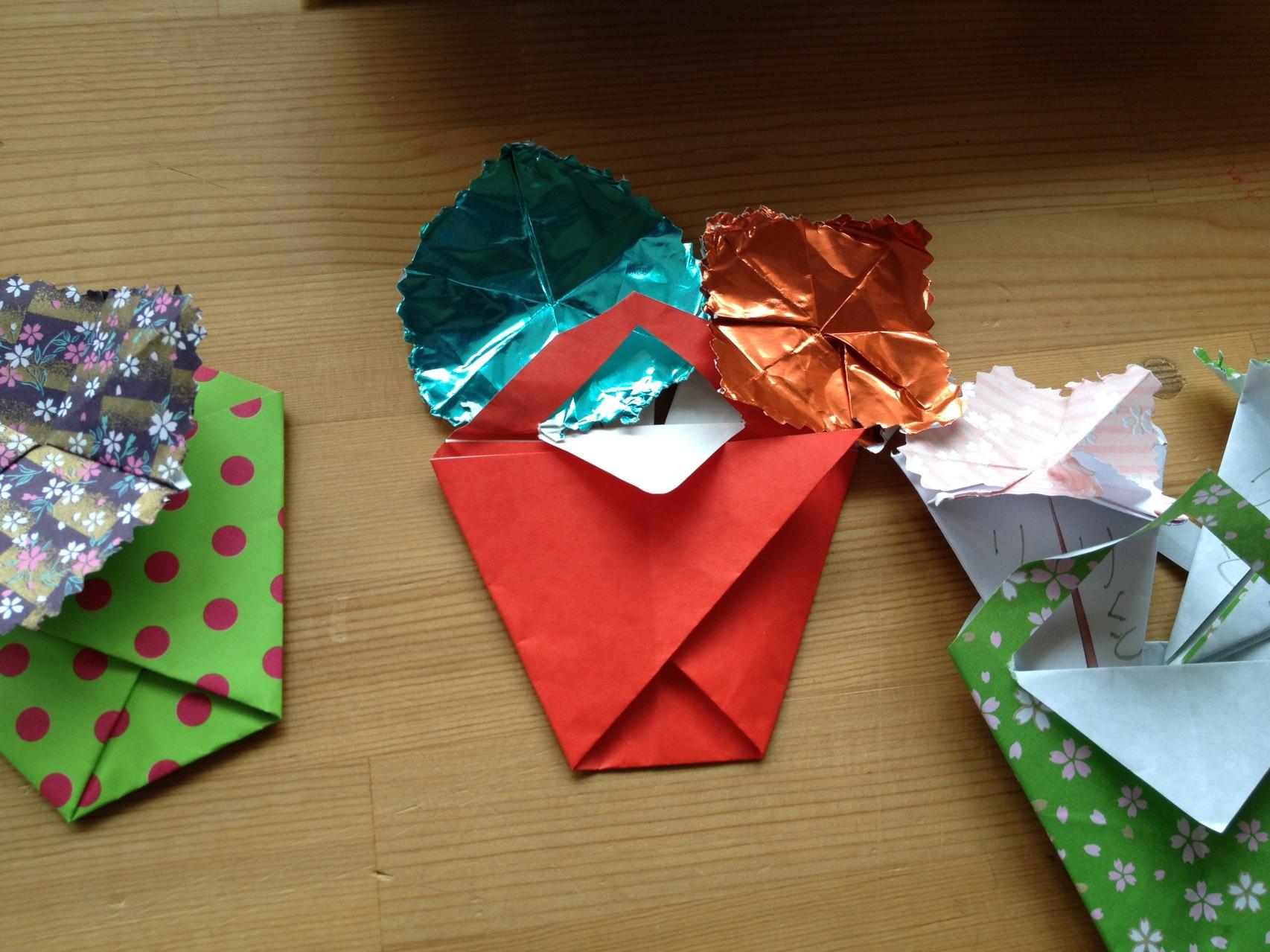 折り紙で花かご