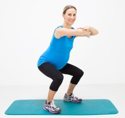 pregnant women squatting