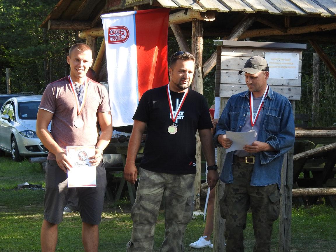 III miejsce w pojedynu strzeleckim drużyn
