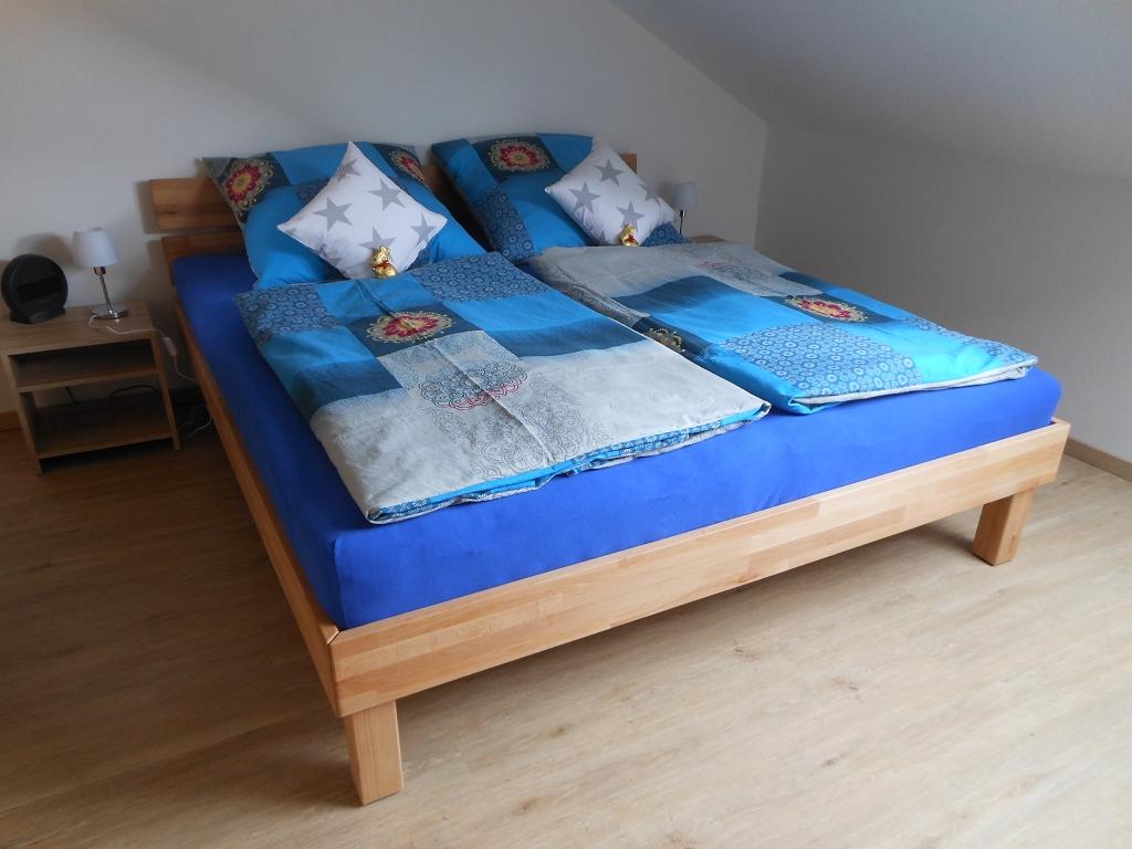 Kleines Schlafzimmer Doppelbett