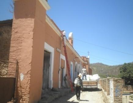 Instalación de lamparas en la Comunidad de La Labor de Guadalupe