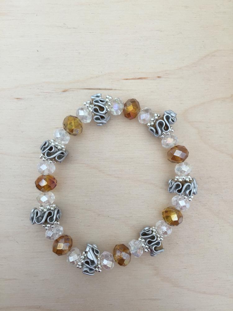 Perlenarmband (gold)