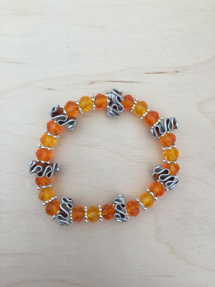 Perlenarmband (orange)