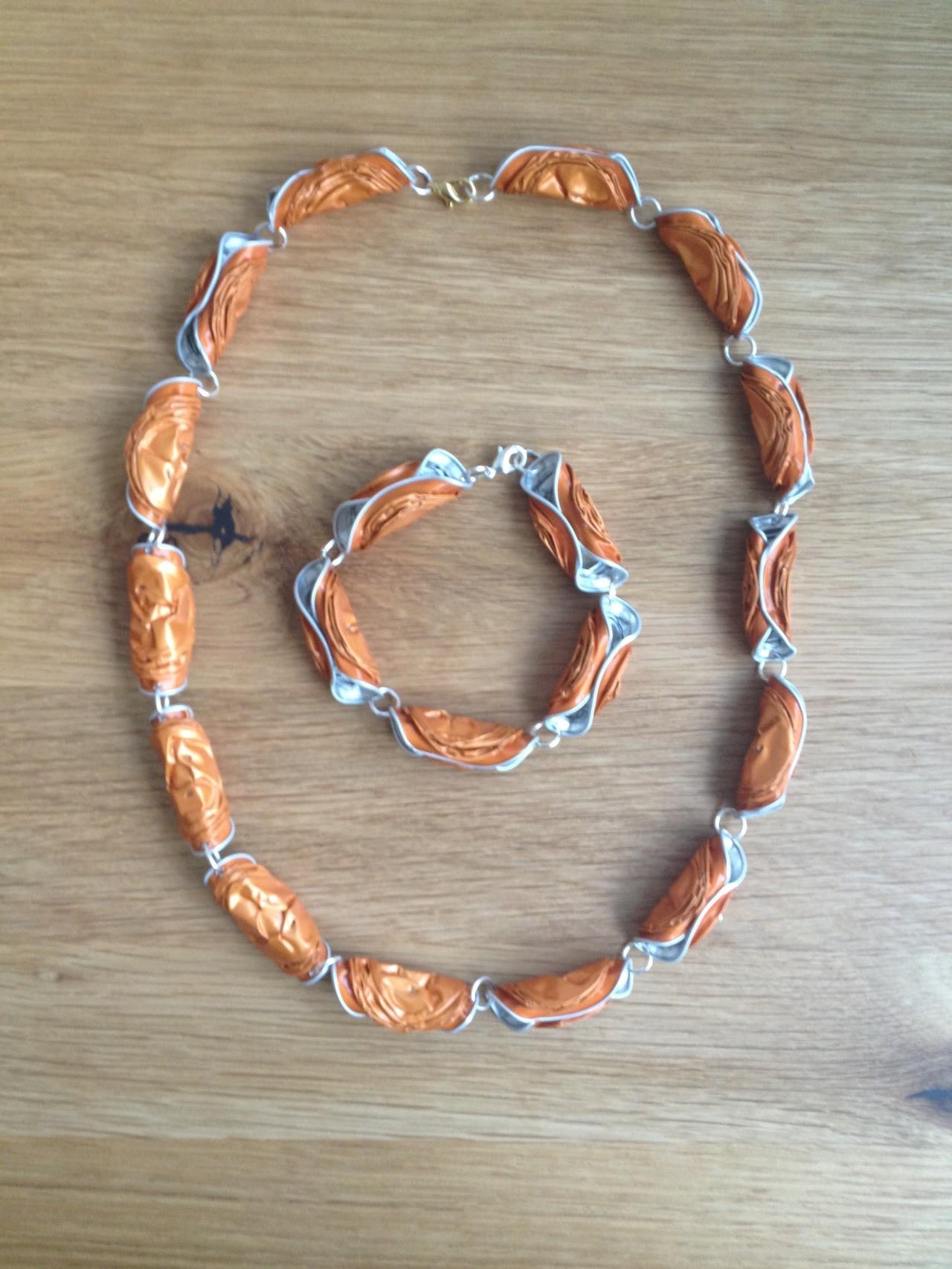 Gedrehte Halskette mit passendem Armband (orange)
