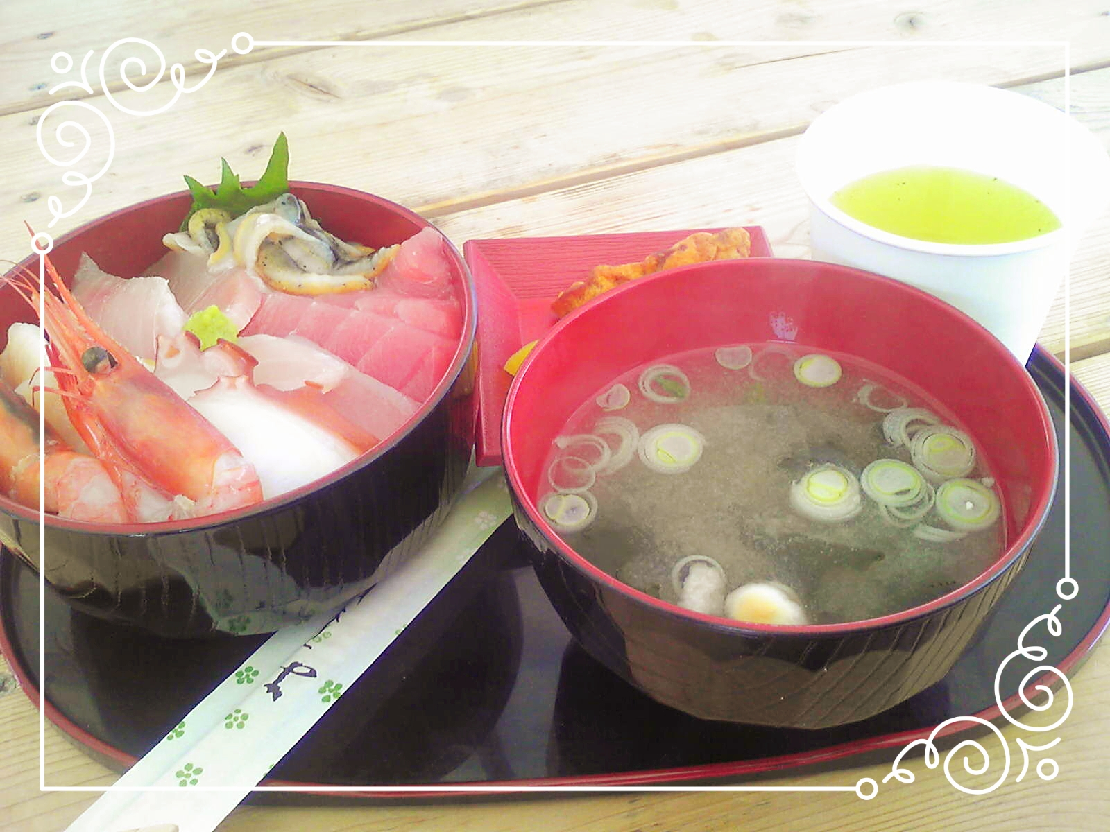 マルアラ特製「海鮮丼」
