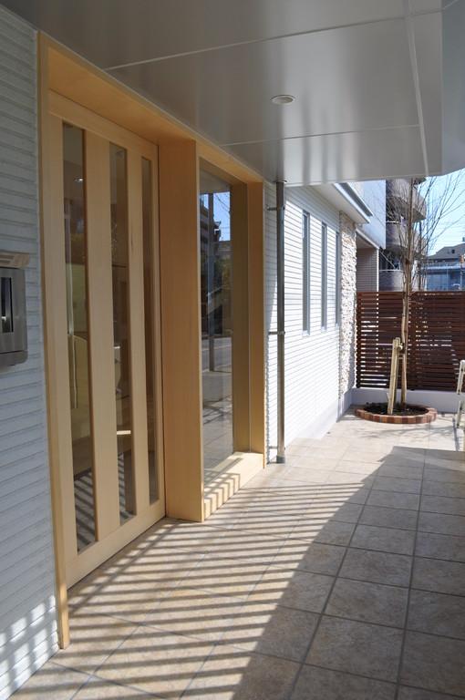 入退室の玄関は、ICカードでセキュリティー対応