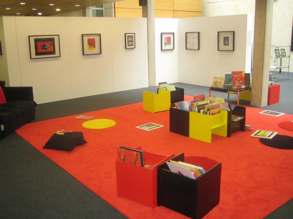"Salle d'exposition, ""Solotareff"" exposition en 2011"