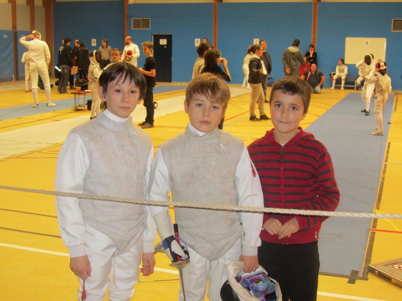 3 mousquetaires prêts au combat avec Hadrien, Nicolas et Rémy