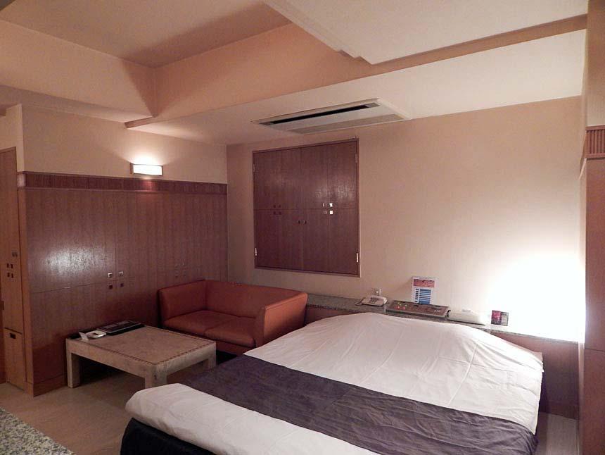 Room No.403