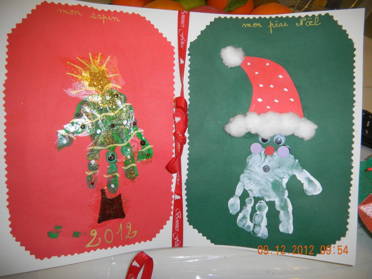 sapin et père Noël avec empreintes de mains