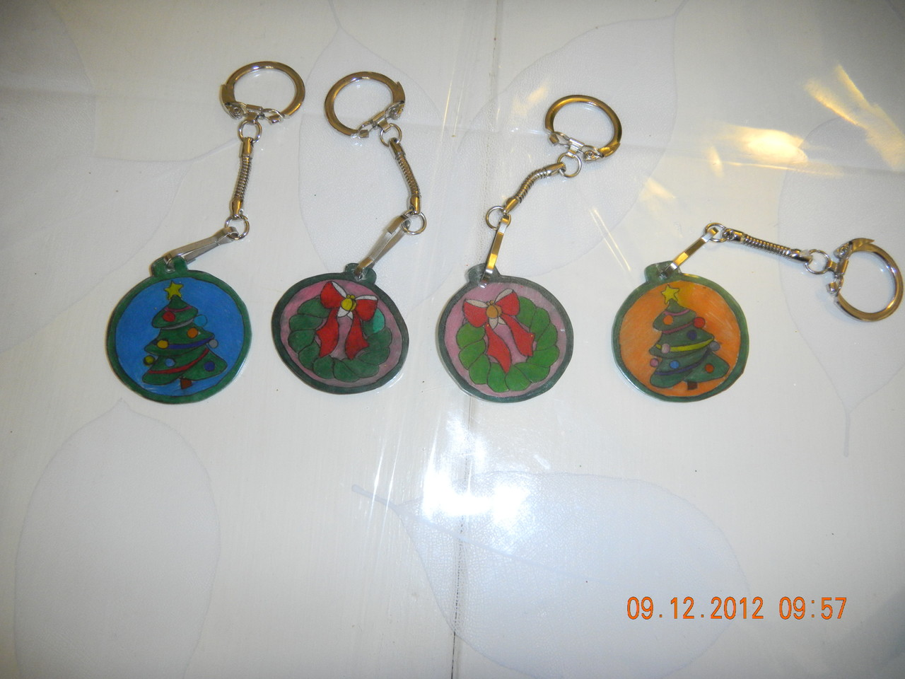 Portes clefs avec plastique dingue