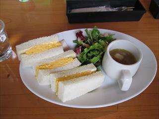 カヤバ珈琲にて3 タマゴサンド