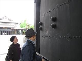 上野戦争弾痕