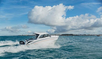 Jeanneau Merry Fisher 895 ORVAS Yachting Yachtcharter Motoryacht Motorboot Split ACI Marina