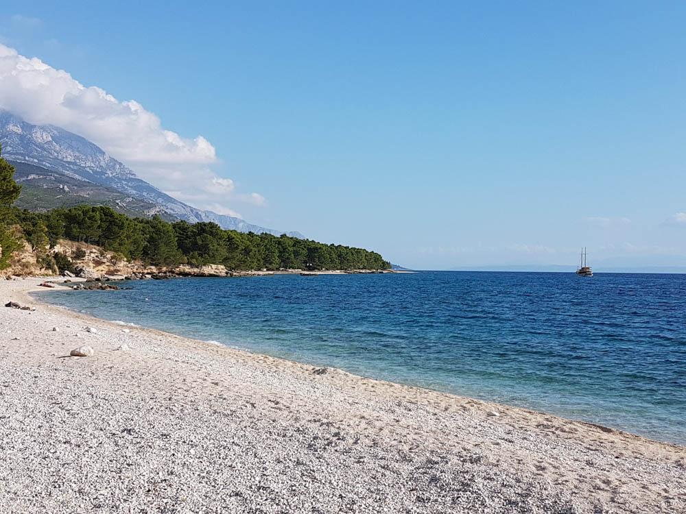 Baska Voda, Strand