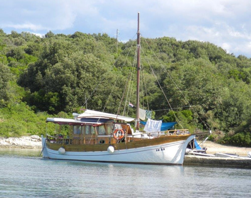 Sali Insel Dugi Otok Holzyacht Divna