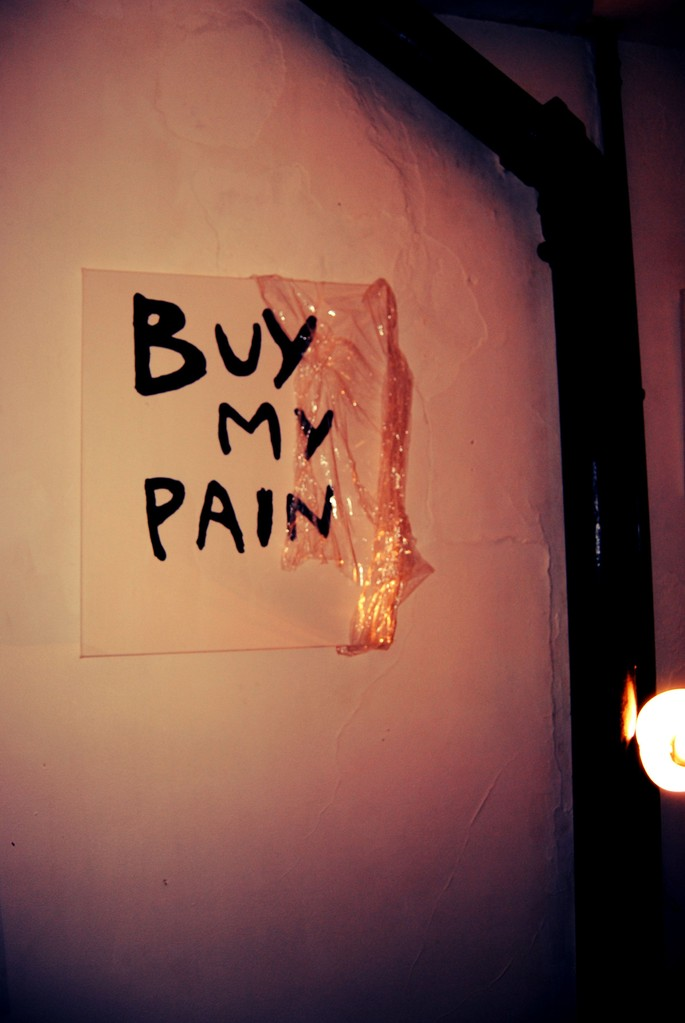 BUY MY PAIN - SchizoPoP Manifesto – 2012 - Acrylique sur toile / acrylic on canvas - 61 x 50 cm