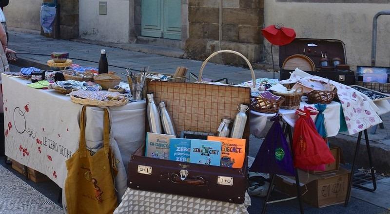 Stand zéro déchet sur le marché de Millau, été 2019