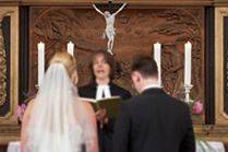 Eine kirchliche Hochzeit organisiert von Just Maryed.