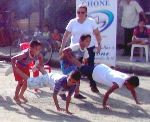 Al Rescate De Los Juegos Tradicionales De Manabi Revista La Gente