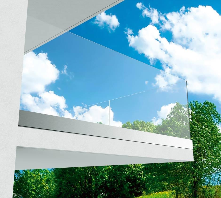 Geländer_Ganzglas_cp-1402_freie-Glaskante1