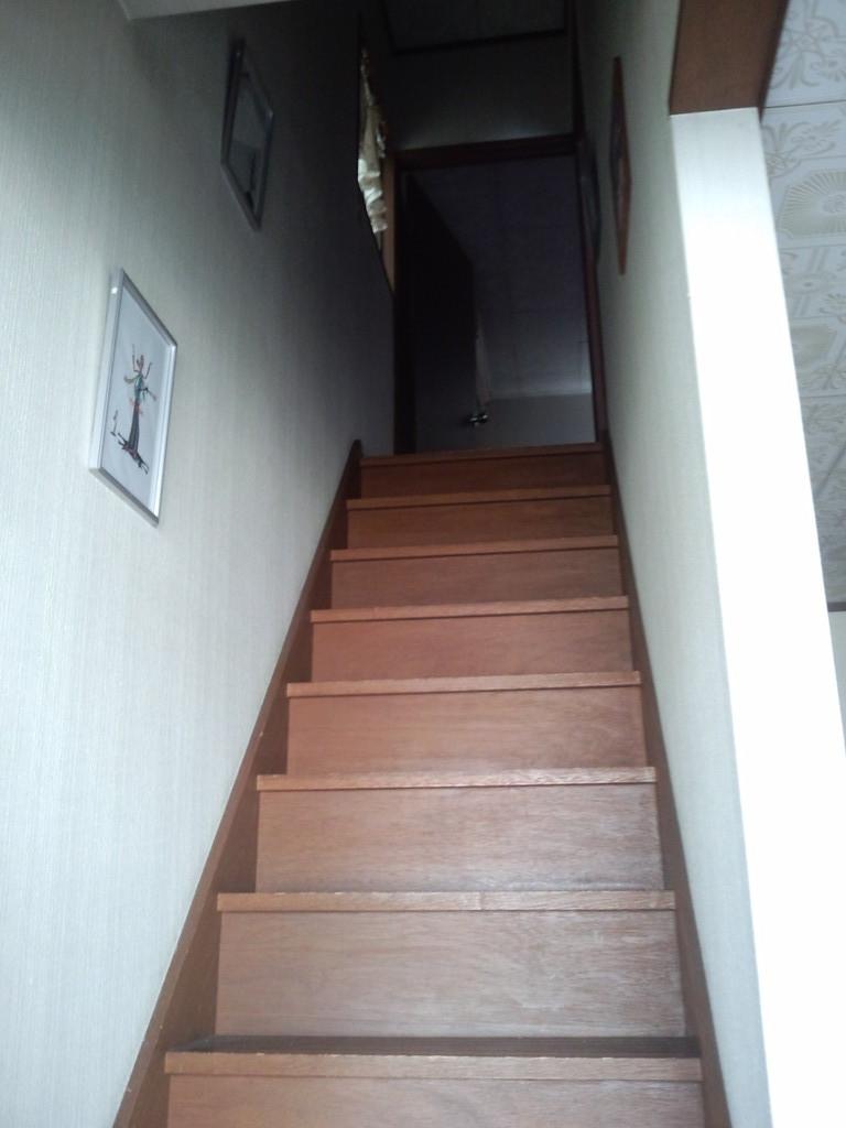 サロンは2階になります(><)