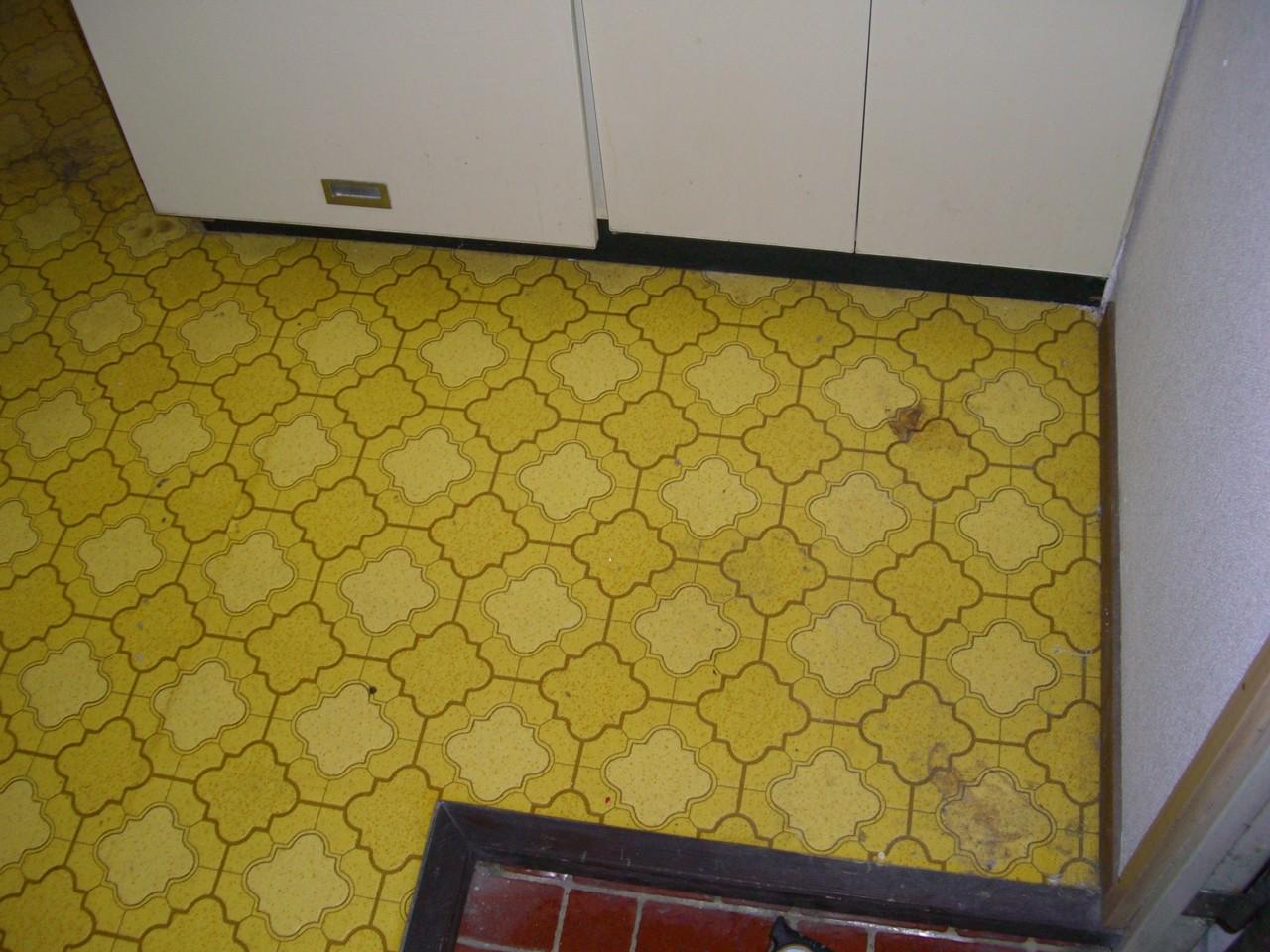 古くなってしまった床もデザインを変えることで、床のイメージがガラリと変わります。