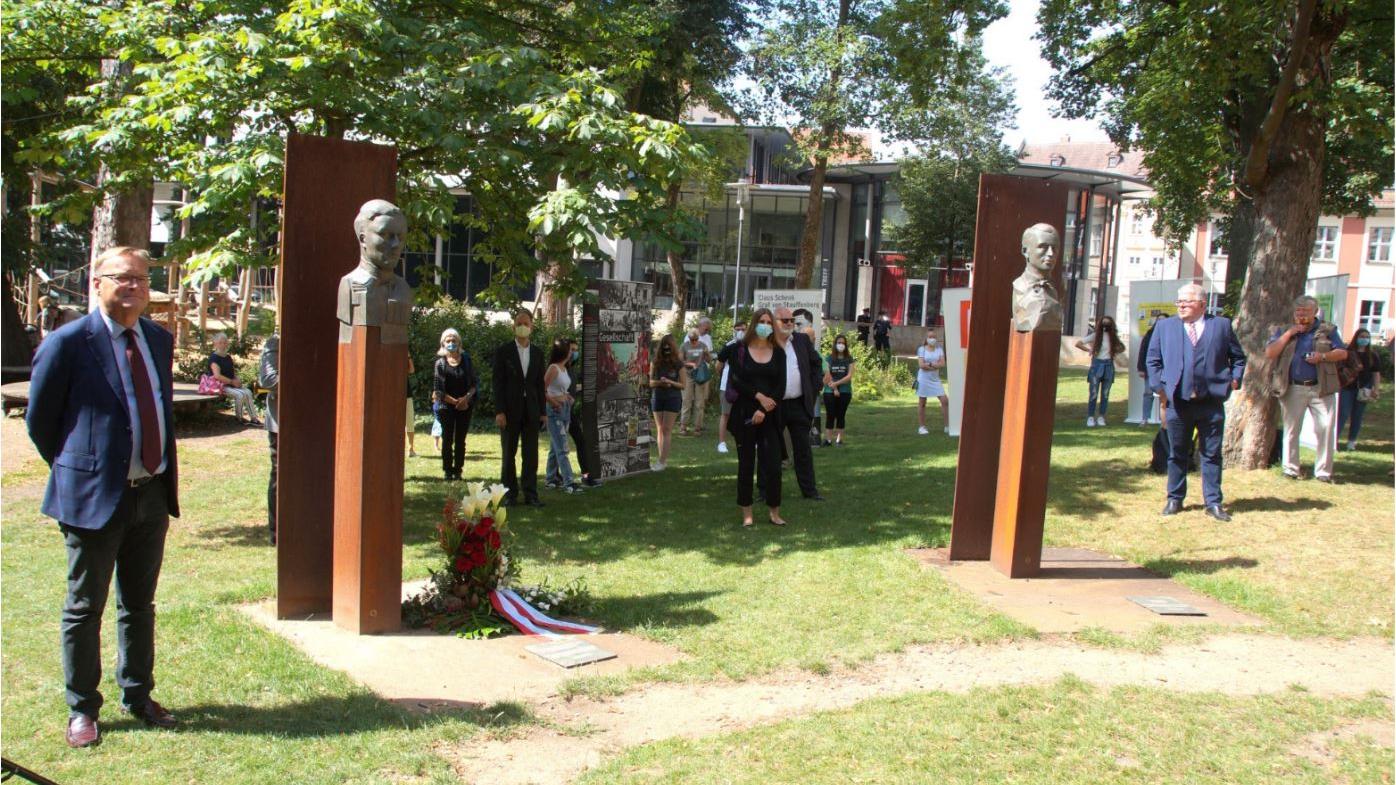 Schüler beteiligen sich an Stauffenberg-Gedenkfeier