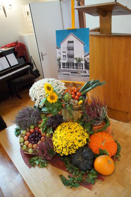 Sonntag 26. September 2010 Einweihung Haus am Bach visàvis Freie Kirche, Uster