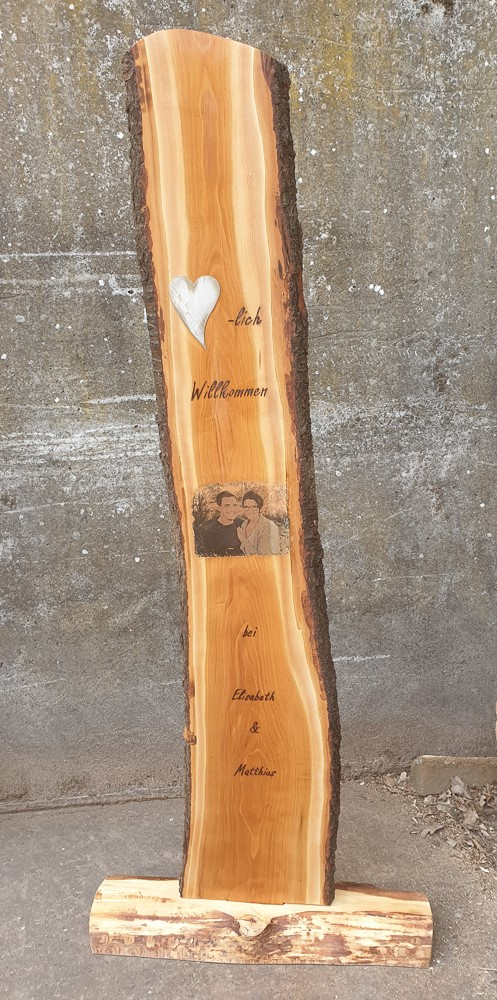Gaestebuch aus Holz