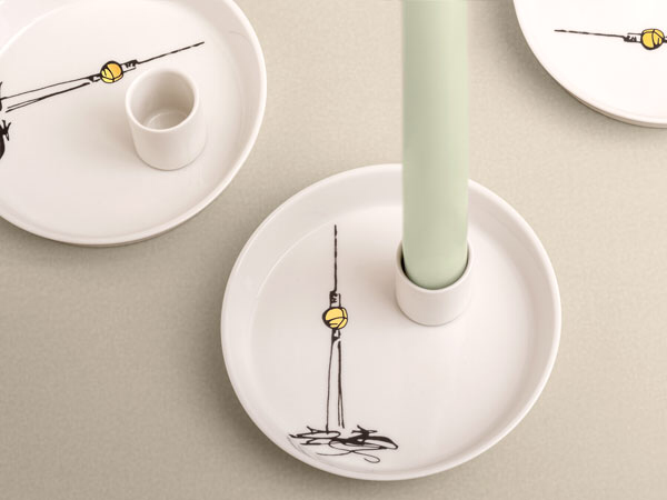 Kerzenhalter Fernsehturm Berlin Porzellan Souvenir