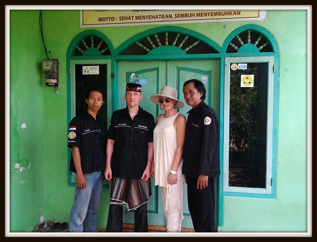 Padepokan Cirebon - Dani,ich,Manu,Guru Besar Ki Mas Gatot