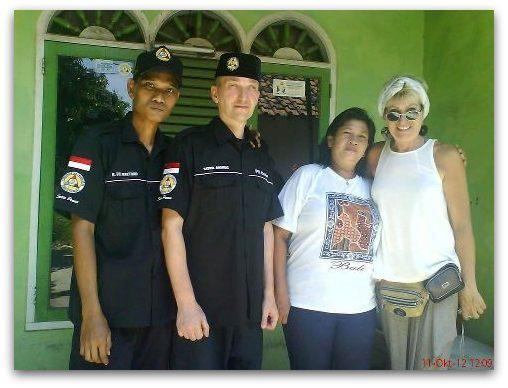 Ki Mas Raden mit Frau und ich mit Manu