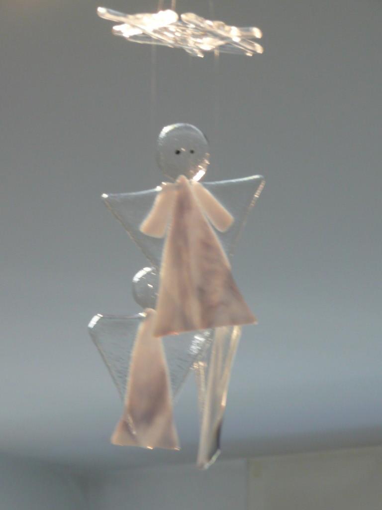 """Mobile mit Chef (hat Augen) und Lehrlingen.  Engel zirka 14cm hoch an """"Stern montiert"""""""