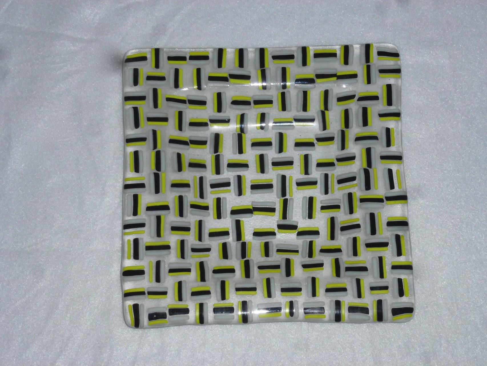 Quadratisch zirka 20x20cm